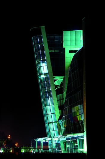, Izamet – a leader in the modernization of elevators